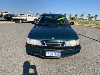 1994 Saab 900 S 2.0I Green 5 Speed Manual Hatchback.
