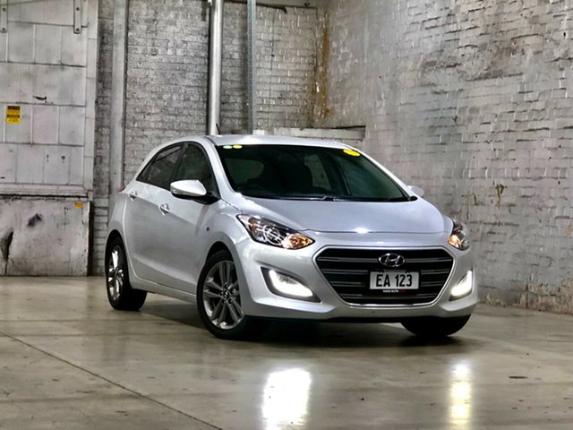 Used Hyundai i30 GD4 Series II MY17 SR Mile End South, 2016 Hyundai i30 GD4 Series II MY17 SR Silver 6 Speed Sports Automatic Hatchback