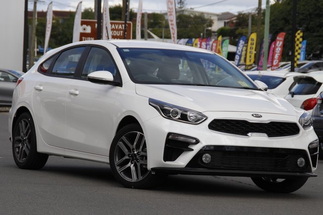 Demo Kia Cerato BD MY21 Sport Mount Gravatt, 2020 Kia Cerato BD MY21 Sport Snow White Pearl 6 Speed Sports Automatic Hatchback