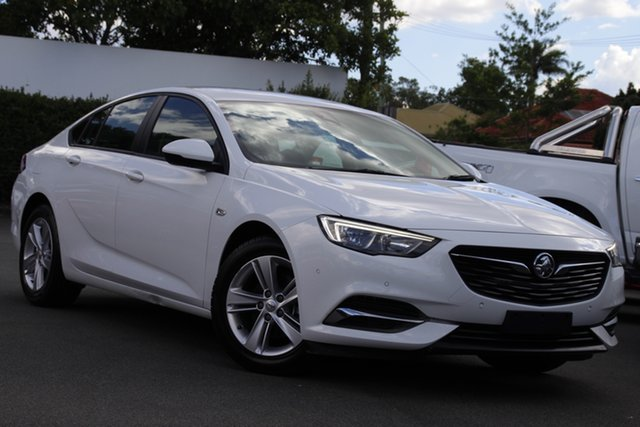 Used Holden Commodore ZB MY18 LT Liftback Mount Gravatt, 2018 Holden Commodore ZB MY18 LT Liftback White 9 Speed Sports Automatic Liftback