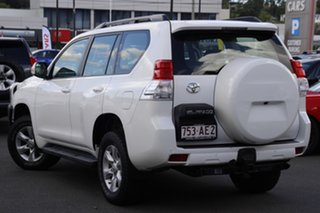 2011 Toyota Landcruiser Prado KDJ150R GXL White 5 Speed Sports Automatic Wagon.
