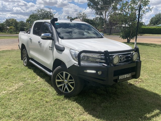 Used Toyota Hilux GUN126R SR5 Double Cab Moree, 2016 Toyota Hilux GUN126R SR5 Double Cab White 6 Speed Manual Utility