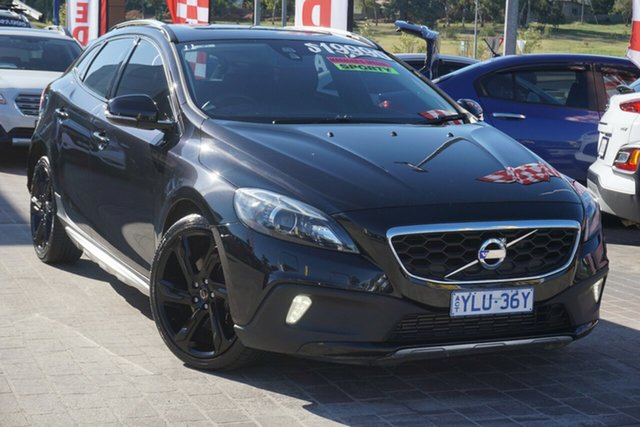 Used Volvo V40 Cross Country M Series MY14 D4 Adap Geartronic Luxury Phillip, 2013 Volvo V40 Cross Country M Series MY14 D4 Adap Geartronic Luxury Black 6 Speed Sports Automatic