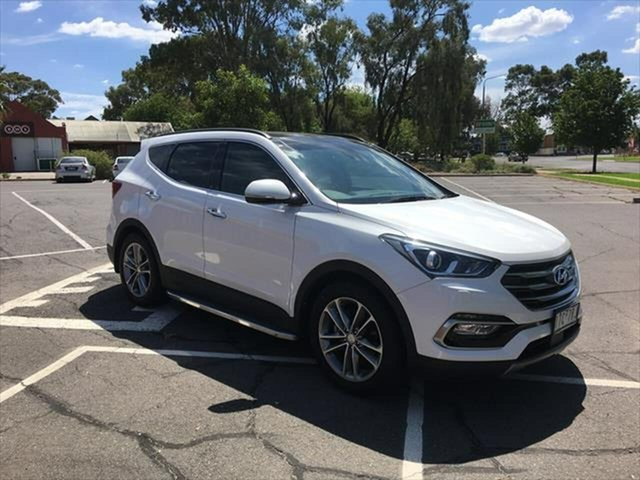Used Hyundai Santa Fe DM3 MY17 Highlander Yarrawonga, 2016 Hyundai Santa Fe DM3 MY17 Highlander White 6 Speed Sports Automatic Wagon