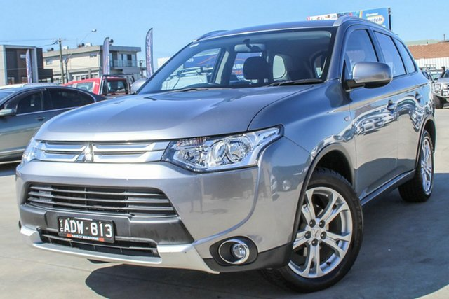 Used Mitsubishi Outlander ZJ MY14.5 ES 2WD Coburg North, 2015 Mitsubishi Outlander ZJ MY14.5 ES 2WD Grey 6 Speed Constant Variable Wagon