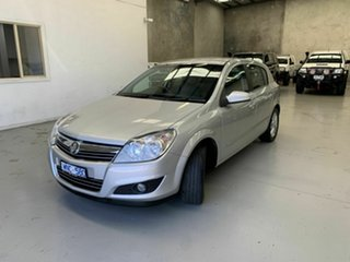 2008 Holden Astra AH MY08.5 CDX Silver 4 Speed Automatic Hatchback.