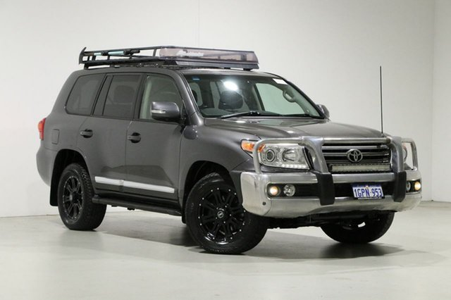 Used Toyota Landcruiser VDJ200R MY13 Sahara (4x4) Bentley, 2014 Toyota Landcruiser VDJ200R MY13 Sahara (4x4) Grey 6 Speed Automatic Wagon
