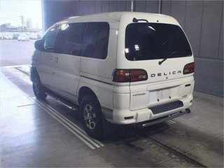 2002 Mitsubishi Delica PD6W Limited 20th Anniversary White Sports Automatic Van Wagon.