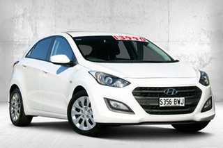 2015 Hyundai i30 GD4 Series II MY16 Active Creamy White 6 Speed Manual Hatchback.