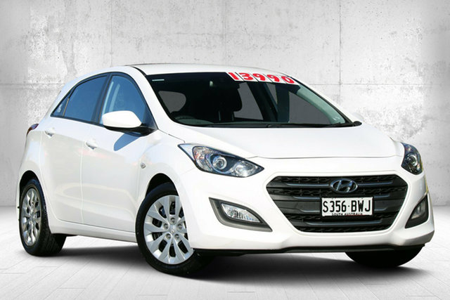 Used Hyundai i30 GD4 Series II MY16 Active Valley View, 2015 Hyundai i30 GD4 Series II MY16 Active Creamy White 6 Speed Manual Hatchback