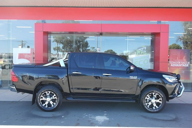 Pre-Owned Toyota Hilux GUN126R SR5 Double Cab Swan Hill, 2015 Toyota Hilux GUN126R SR5 Double Cab Black 6 Speed Sports Automatic Utility