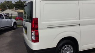 2020 Toyota HiAce GDH300R LWB Vanilla 6 Speed Sports Automatic Van.