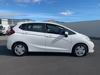 2018 Honda Jazz GF MY19 VTi White 5 Speed Manual Hatchback.