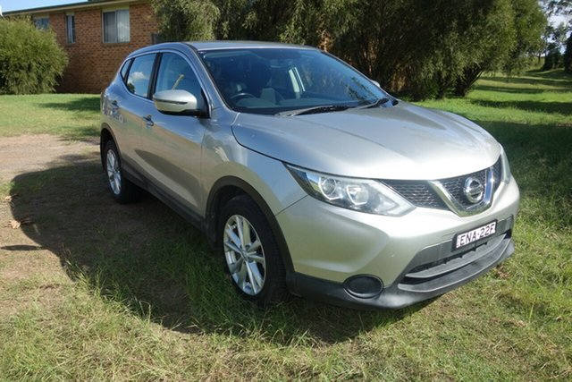 Used Nissan Qashqai J11 ST East Maitland, 2015 Nissan Qashqai J11 ST Silver 1 Speed Constant Variable Wagon