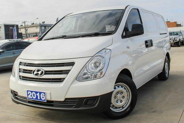 Used Hyundai iLOAD TQ3-V Series II MY16 Coburg North, 2016 Hyundai iLOAD TQ3-V Series II MY16 White 5 Speed Automatic Van
