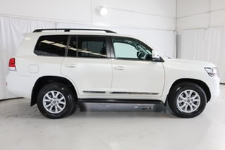 2020 Toyota Landcruiser VDJ200R Sahara White 6 Speed Sports Automatic Wagon.