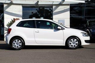 2010 Volkswagen Polo 6R Trendline White 5 Speed Manual Hatchback.
