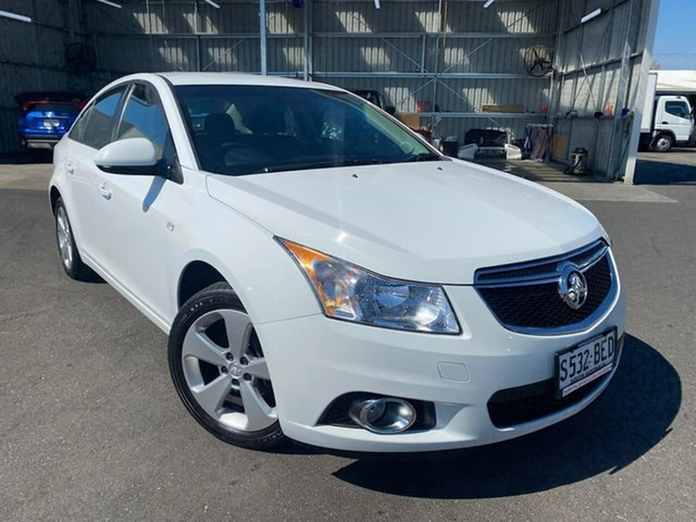 Used Holden Cruze JH Series II MY14 Equipe Hillcrest, 2014 Holden Cruze JH Series II MY14 Equipe White 5 Speed Manual Sedan