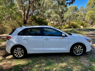 2017 Hyundai i30 PD MY18 Active Polar White 6 Speed Sports Automatic Hatchback.