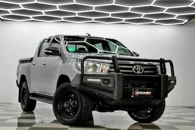 Used Toyota Hilux GUN126R MY17 SR (4x4) Burleigh Heads, 2017 Toyota Hilux GUN126R MY17 SR (4x4) Silver 6 Speed Automatic Dual Cab Utility