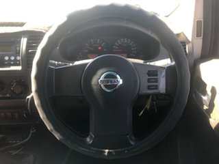 2010 Nissan Navara D40 ST-X (4x4) White 6 Speed Manual Dual Cab Pick-up