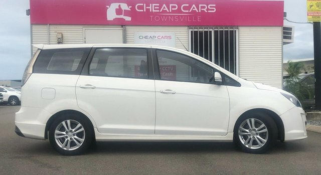 Used Kia Carnival VQ MY11 S Garbutt, 2011 Kia Carnival VQ MY11 S White 4 Speed Sports Automatic Wagon