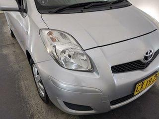 2008 Toyota Yaris NCP90R YR Silver 5 Speed Manual Hatchback.