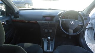 2005 Holden Astra AH MY05 CDX White 4 Speed Automatic Hatchback