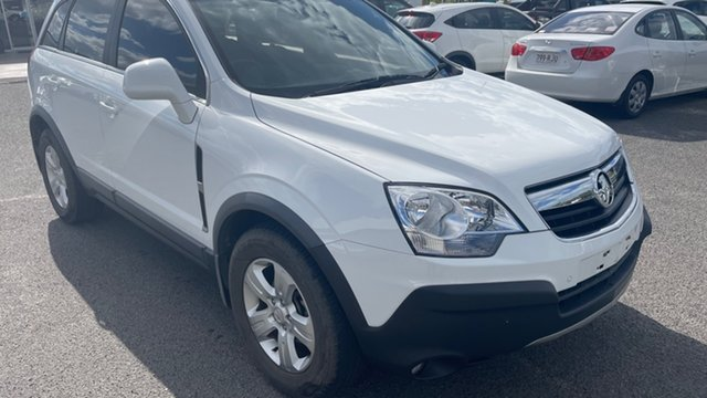 Used Holden Captiva CG MY10 5 Gladstone, 2009 Holden Captiva CG MY10 5 White 5 Speed Manual Wagon