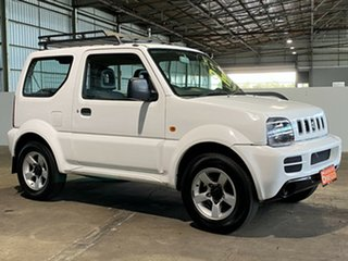 2005 Suzuki Jimny SN413 T5 JX White 5 Speed Manual Hardtop.