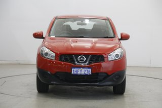 2012 Nissan Dualis J10 Series II MY2010 ST Hatch X-tronic Red 6 Speed Constant Variable Hatchback.