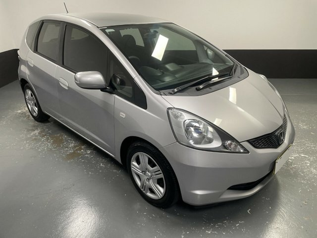 Used Honda Jazz GE MY10 GLi Hamilton, 2010 Honda Jazz GE MY10 GLi Silver 5 Speed Automatic Hatchback