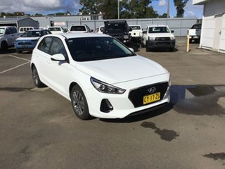 2017 Hyundai i30 PD MY18 Active White 6 Speed Manual Hatchback.
