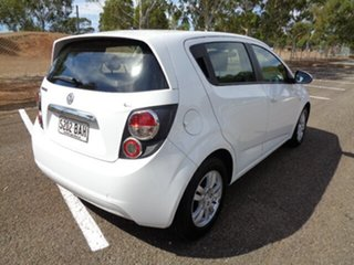 2013 Holden Barina TM MY14 CD White 5 Speed Manual Hatchback