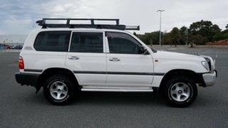 2003 Toyota Landcruiser HZJ105R Standard White 5 Speed Manual Wagon.
