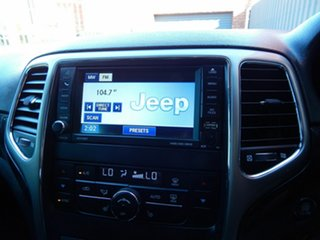 2011 Jeep Grand Cherokee WK MY2011 Laredo White 5 Speed Sports Automatic Wagon
