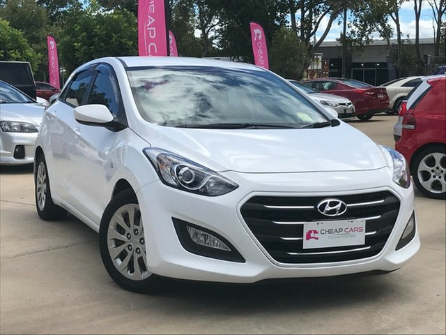 Used Hyundai i30 GD3 Series II MY16 Active Toowoomba, 2015 Hyundai i30 GD3 Series II MY16 Active White 6 Speed Manual Hatchback