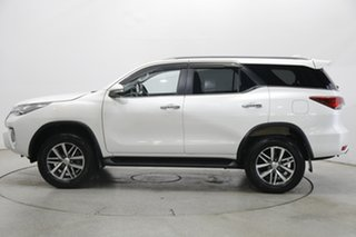 2017 Toyota Fortuner GUN156R Crusade White 6 Speed Automatic Wagon.