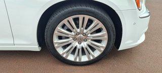 2014 Chrysler 300 LX MY14 C E-Shift Luxury White 8 Speed Sports Automatic Sedan