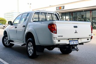 2014 Mitsubishi Triton MN MY15 GLX Double Cab White 4 Speed Sports Automatic Utility