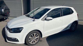 2017 Volkswagen Polo 6R MY17 66TSI Trendline White 5 Speed Manual Hatchback.