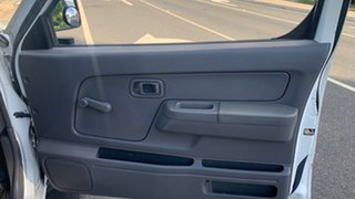 2004 Nissan Navara D22 RX White 5 Speed Manual Dual Cab