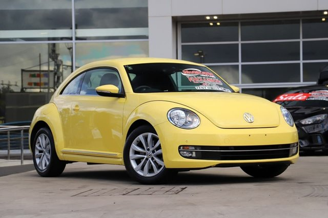 Used Volkswagen Beetle 1L MY14 Coupe DSG Liverpool, 2013 Volkswagen Beetle 1L MY14 Coupe DSG Saturn Yellow 7 Speed Sports Automatic Dual Clutch Liftback