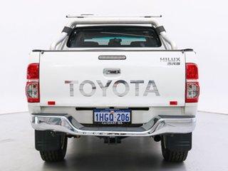 2012 Toyota Hilux KUN26R MY12 SR5 (4x4) White 5 Speed Manual Dual Cab Pick-up