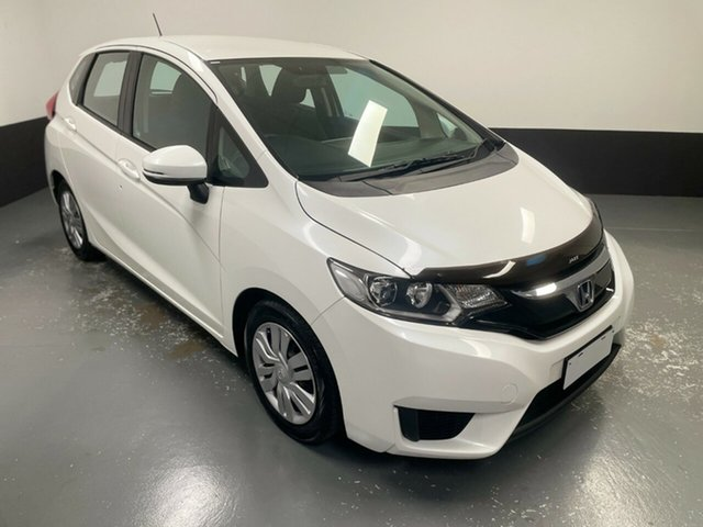 Used Honda Jazz GF MY15 VTi Hamilton, 2014 Honda Jazz GF MY15 VTi White 1 Speed Constant Variable Hatchback