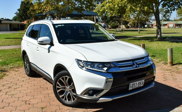 Used Mitsubishi Outlander ZK MY16 LS 4WD Ingle Farm, 2015 Mitsubishi Outlander ZK MY16 LS 4WD White 6 Speed Constant Variable Wagon