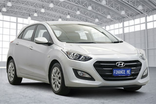 2015 Hyundai i30 GD4 Series II MY16 Active Silver 6 Speed Sports Automatic Hatchback.