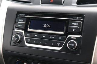 2017 Nissan Navara D23 S3 RX White 7 Speed Sports Automatic Utility.