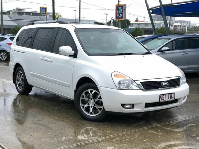 Used Kia Grand Carnival VQ MY14 Platinum Chermside, 2014 Kia Grand Carnival VQ MY14 Platinum White 6 Speed Sports Automatic Wagon