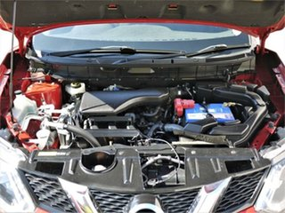 2014 Nissan X-Trail T32 ST Red Manual Wagon